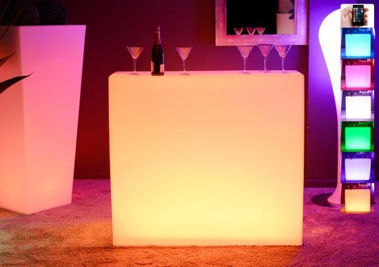 bar lumineux 1.20 m de long *0.90 de hauteur