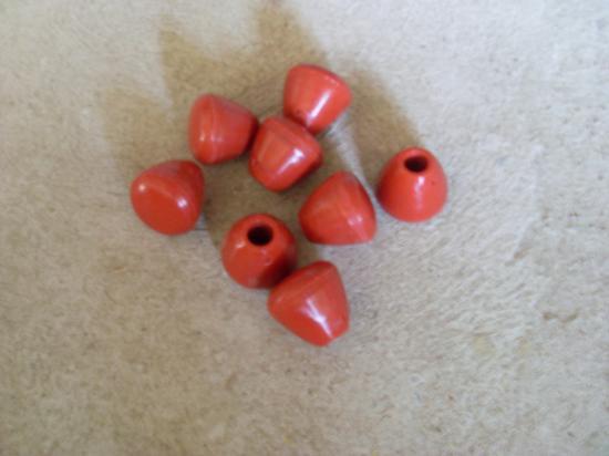 Poignée ronde rouge et noire, logue noire  5.90€ l'unité